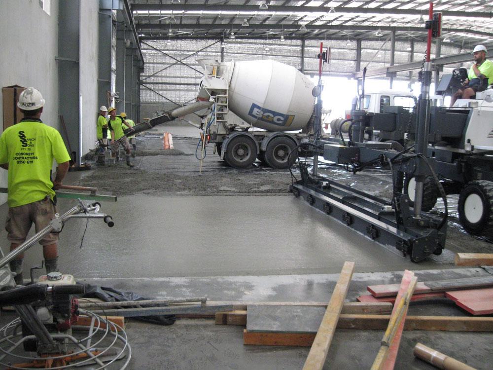 Concrete Contractor Petrh